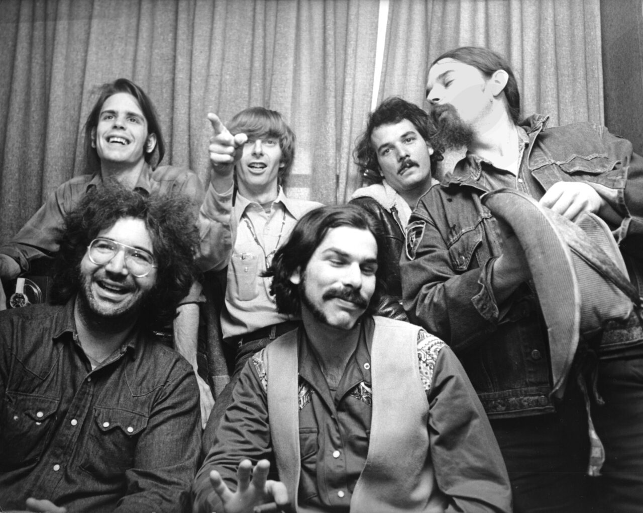 The Darkness & the Daydream: The Grateful Dead in 1970 | TIDAL Magazine